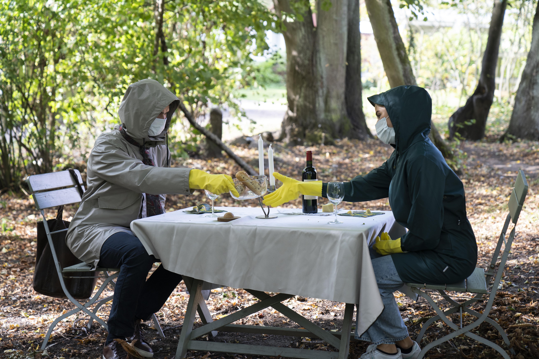 online dating i skog)